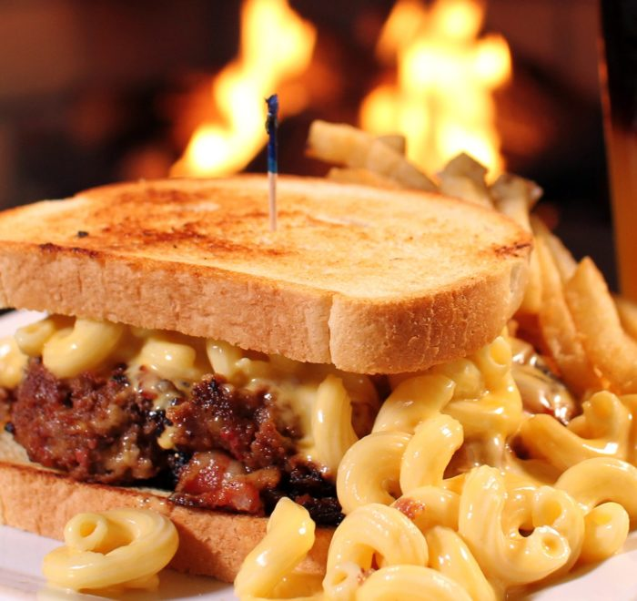 Portsmouth Publick House Gallery Pulled Pork Mac N Cheese Sandwich Min